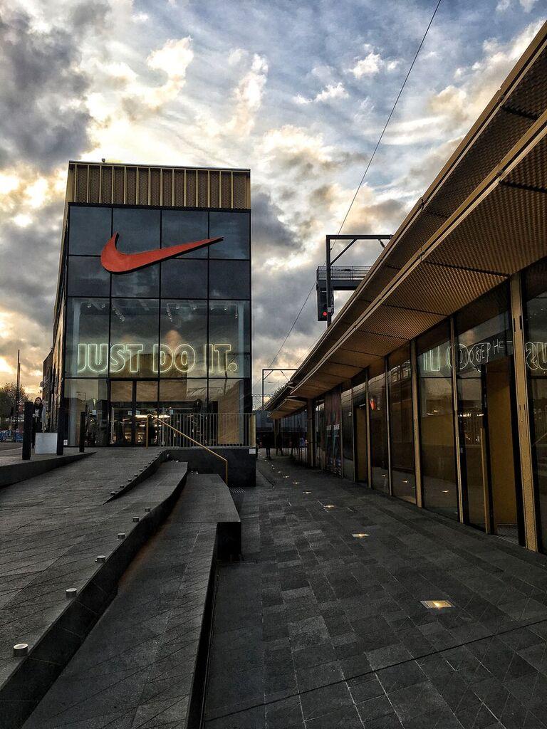 HackneyWalk Nike