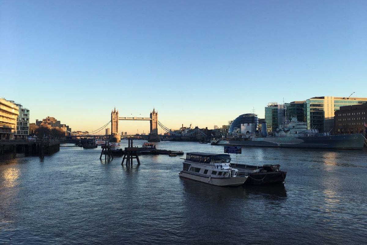 River Thames, Tower bridge, London, City Hall, boat, sun