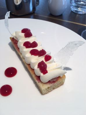 Aster Victoria, Restaurant, London, Victoria Sponge