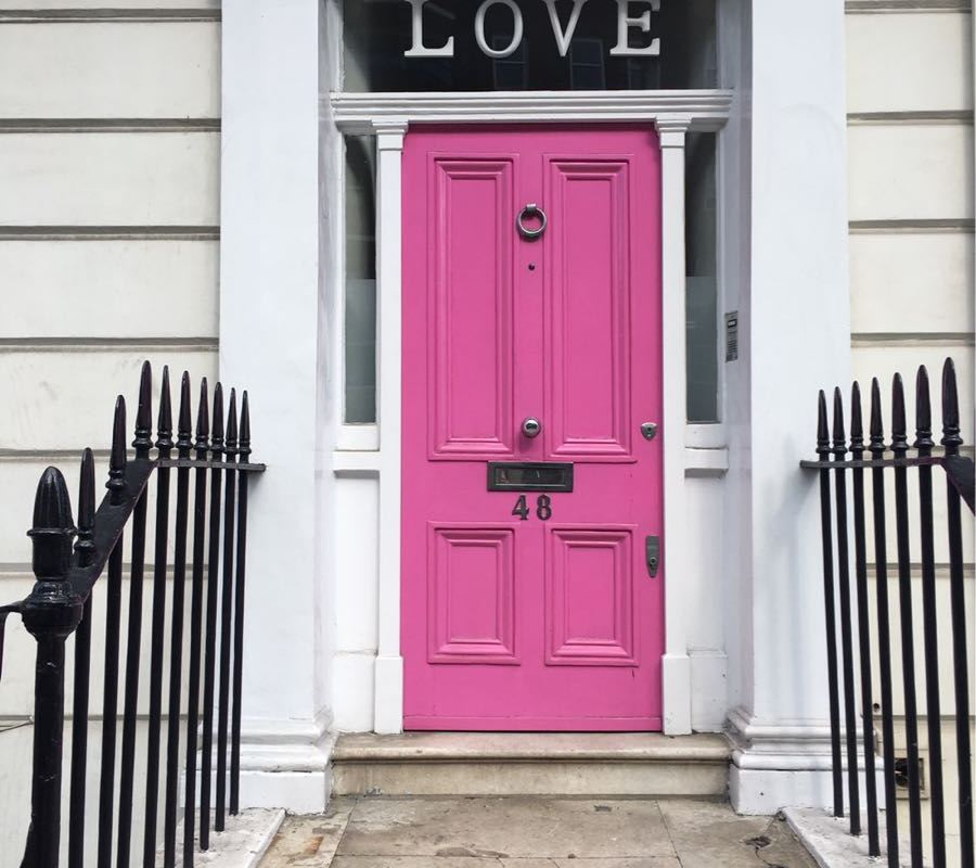 Chelsea, Pink Love Door, London